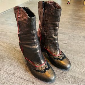 VINTAGE!! RARE Gorgeous Dries Van Noten Boots B5